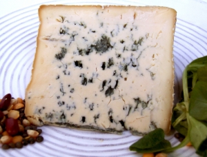 Organic Bleu d'Auvergne, cow milk cheese available to sell