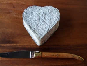 Coeur de Touraine, goat milk cheese available to sell