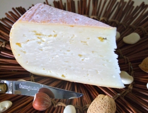 Bethmale, fromage au lait de vache disponible à la vente