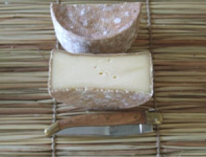 Entrammes, cow milk cheese available to sell