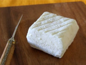 Le Mellois, goat milk cheese available to sell