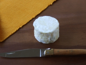 Paulinetois, ewe milk cheese available to sell