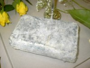 Pave Blesois, goat milk cheese available to sell