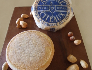 Abbaye de Citeaux (1/4 pce), cow milk cheese available to sell