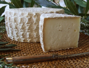 Tomme Corse, ewe milk cheese available to sell