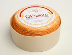 Cabriolu, ewe milk cheese available to sell