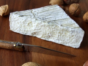 Triangle Saillot, goat milk cheese available to sell