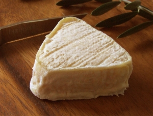 Boucanier, goat milk cheese available to sell