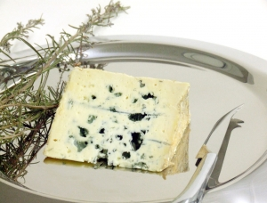 Bleu des Causses - PDO - 350g, cow milk cheese available to sell