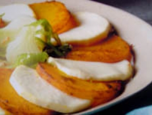 Thinly sliced leek with Crottin de Chavignol