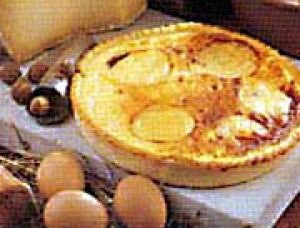 Tourte (pie) with Crottin de Chavignol and Comte